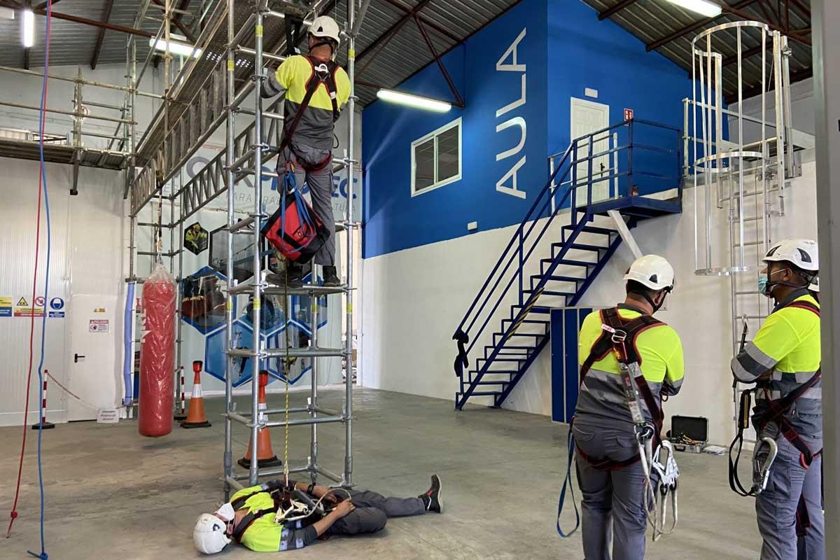 trabajos en estructuras metálicas y rescate
