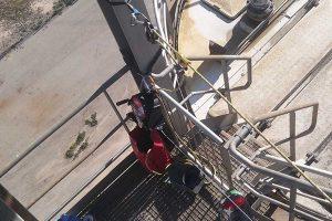 equipo de rescate en espacio confinado