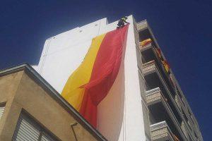 trabajo vertical en una fachada de Alcantarilla