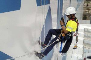 trabajos suspendidos con posicionamiento mediante cuerdas