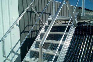 protecciones colectivas en cubiertas mediante una pasarela