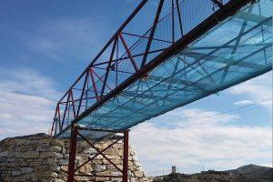 redes de seguridad en altura instaladas en un puente